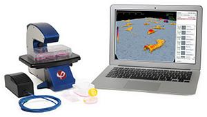 HoloMonitor M4 with laptop